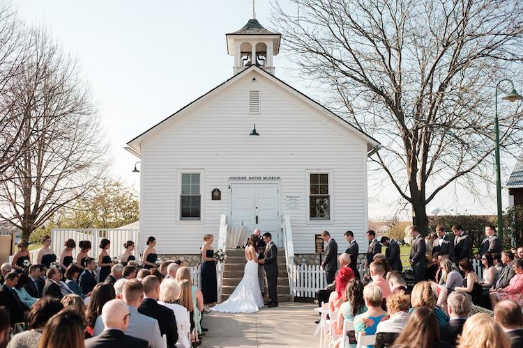 Top Barn Wedding Venues Illinois Rustic Weddings