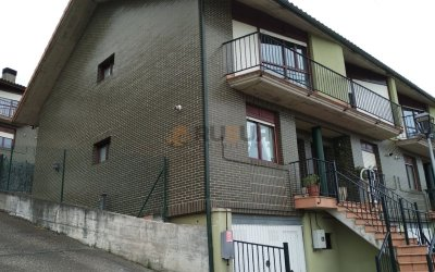 CHALET PAREADO EN RENEDO. Ref 2340 V