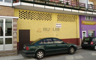LOCAL COMERCIAL EN RENEDO. Ref. 2388 A