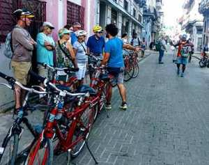 zentrum bike tour riding havana