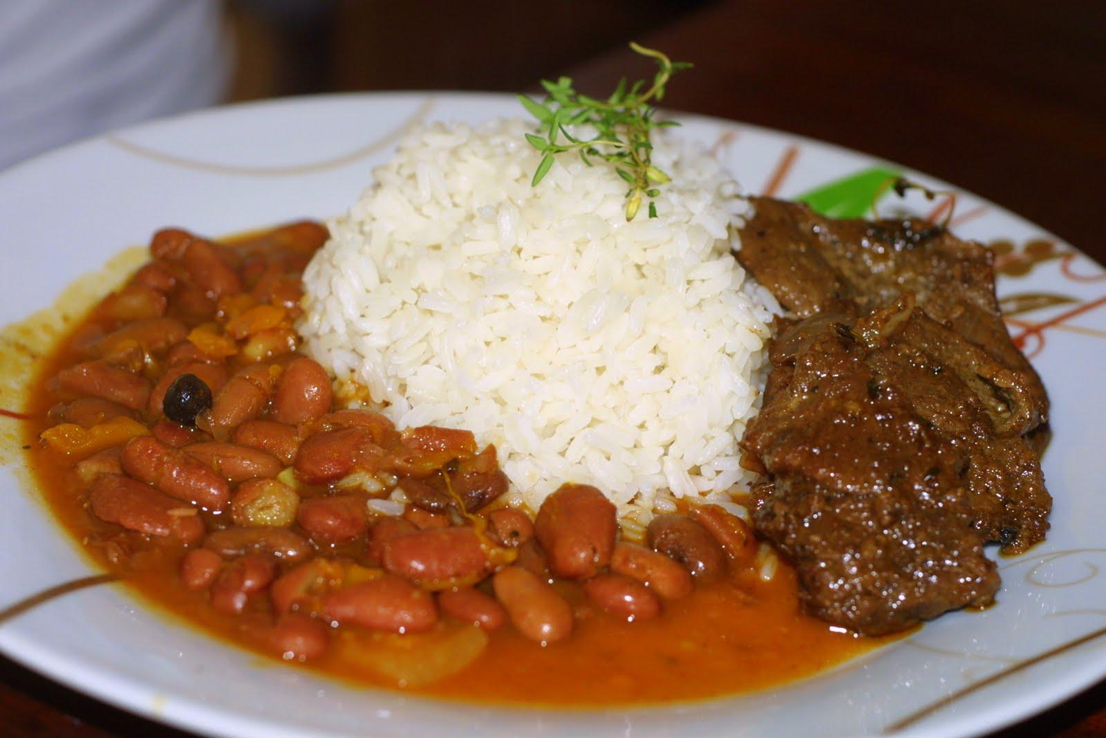 Esperanza Lithgow orgullosa preparar comida dominicana en