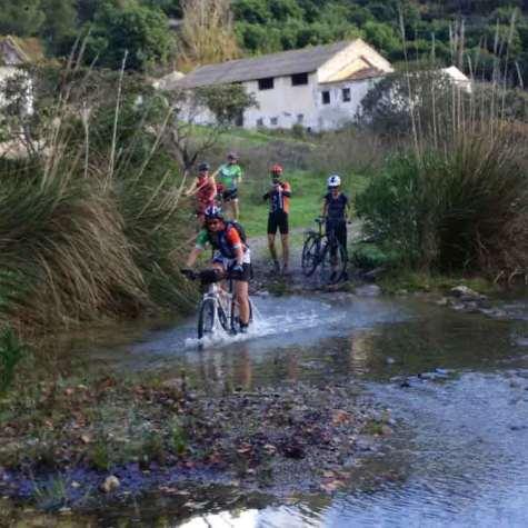 itinerarios-en-bici-en-costa-tropical-rutas-pangea-