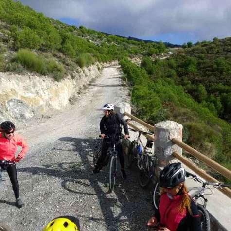 vacaciones-en-bici-en-costa-tropical-rutas-pangea-puente-de-diciembre