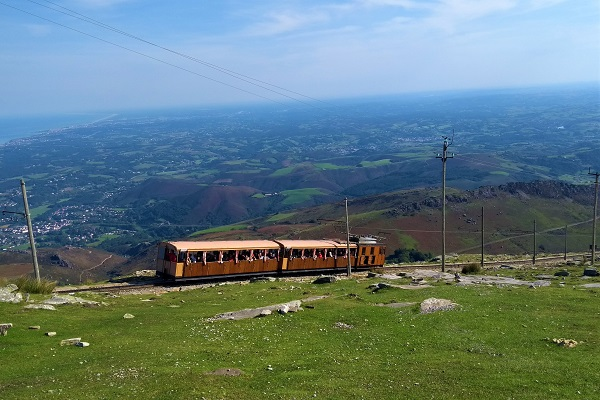 Tren funicular de Larun
