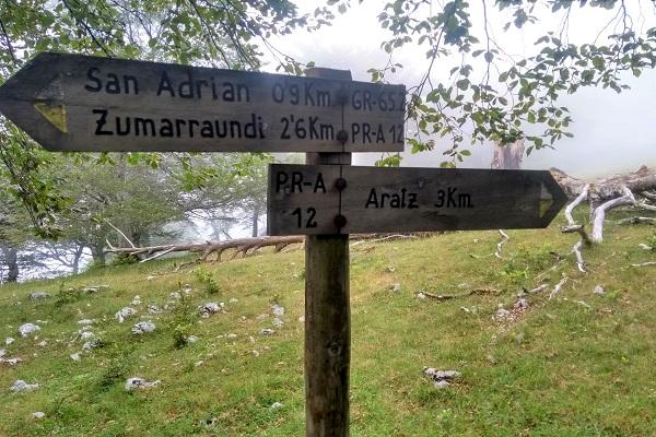 Poste indicativo Aratz 3km