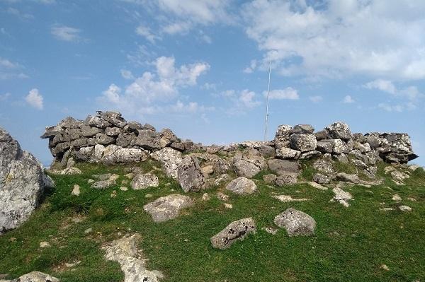 Cima de Ausa Gaztelu 901 m