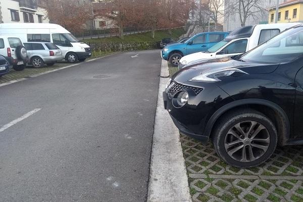 Aia aparcamiento
