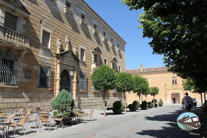 Palacio del Conde de Alba de Yestes