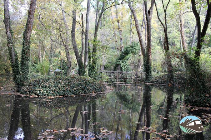 Lago de los patos - Parque del Monasterio de Piedra