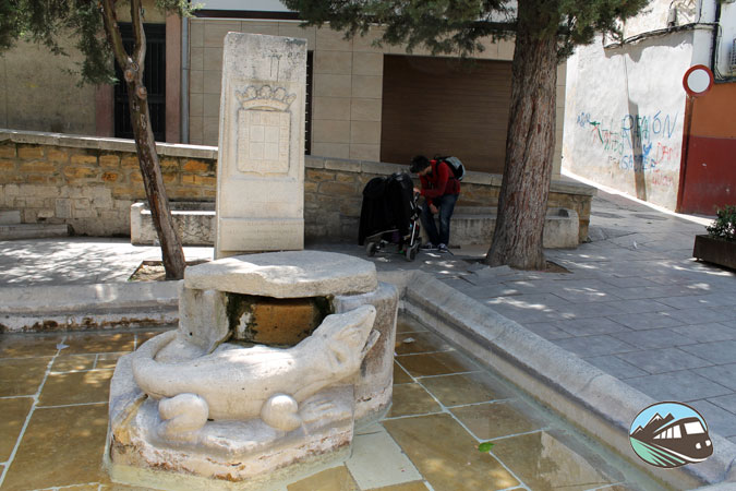 Monumento al lagarto de Jaén