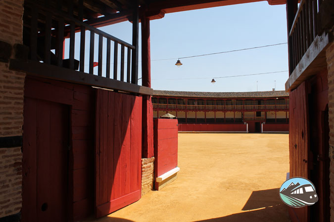 Plaza de toros Latorre - Toro