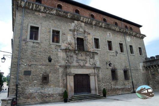 Palacio Escoriaza Esquivel