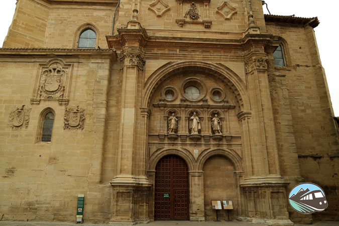 Fachada de la Catedral de Santo Domingo