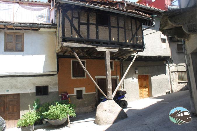 Casa de la Peña - Garganta la Olla