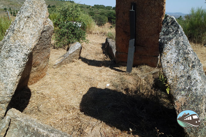Dolmen Cajirón I - Valencia de Alcántara