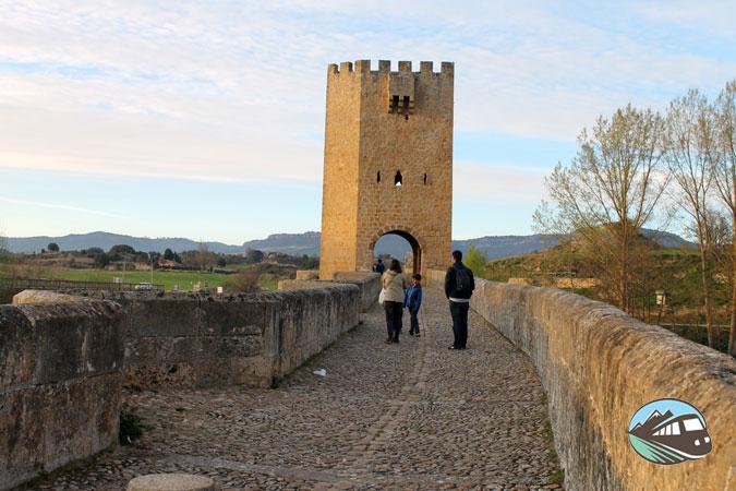 Puente gótico
