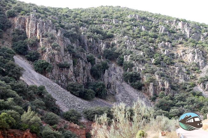 Chimenea de hadas - Estrecho del Hocino