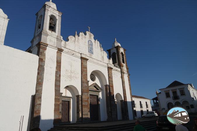 Iglesia de Santa María da Lagoa - Mongaraz