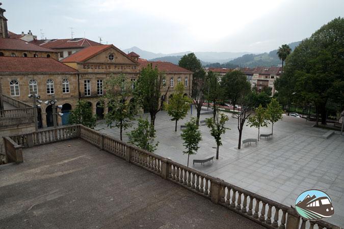 plaza de Pasealeku - Gernika-Lumo