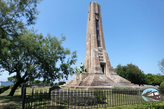 Monumento a Evaristo Churruca - Getxo