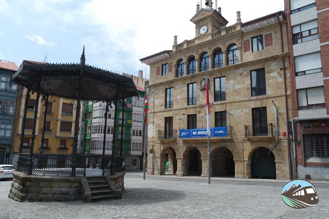 Plaza Sabino Arana - Bermeo