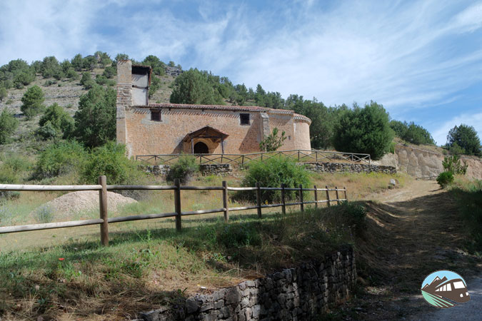 Ermita de la Virgen del Valle - La Fuentona