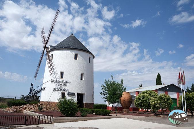Cooperativa Vinícola de Valdepeñas - Ruta del Vino de Valdepeñas