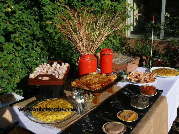 Ideas para preparar una mesa buffet  rutchicote