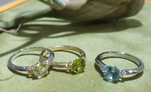 婚約指輪 エンゲージリング(色石タイプ)