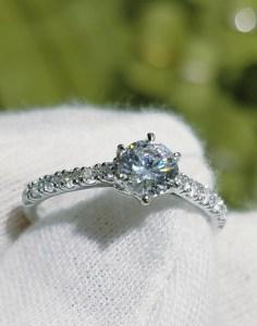 婚約指輪 エンゲージリング(パヴェタイプ)