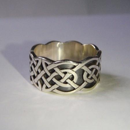 Schne aufwendige Ringe mit keltischem Knotenmuster