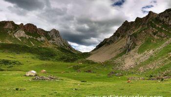 Resultado de imagen de imagen de un valle  para niños