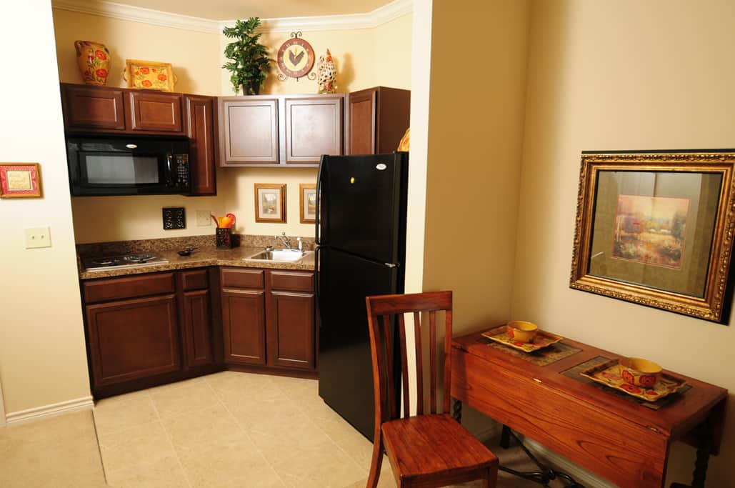 Retirement Apartment Kitchen and table