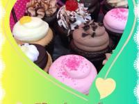 FREE Cupcake at Smallcakes on December 15