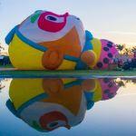 Balão Monkey King no espelho d'agua em Boituva foto by Anderson Batista