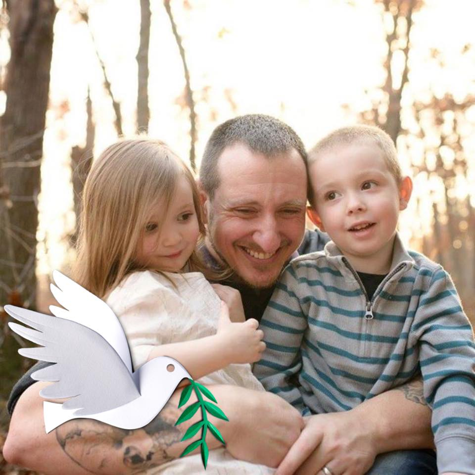 matt (who controls his Dissociative Identity Disorder with cannabis) with his children not worried about dissascociative identity disorder
