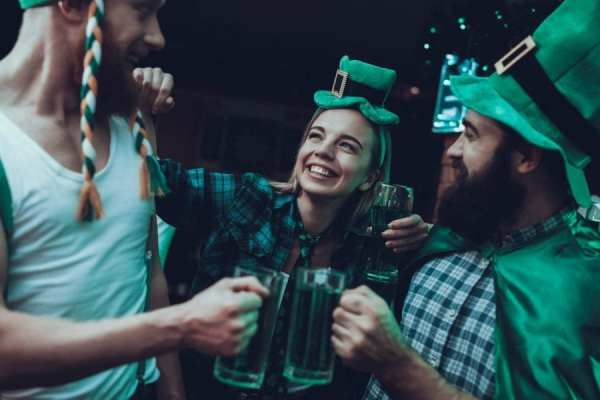 St Paddy's Day Recipes would help these festive partygoers ahve a good time