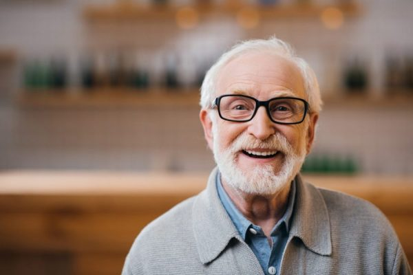 seniors and cannabis, medical cannabis, healthcare, modern healthcare, physician knowledge, find cannabis doc, cannabis doctor, cannabis education, seniors, stereotype, stigma