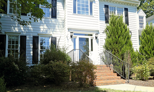 Under Contract: 4 Bedrooms in Cary's Picardy Pointe
