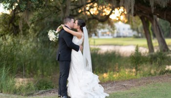 Kiss in the sunset with a great balanced composition to the picture Pawleys Plantation