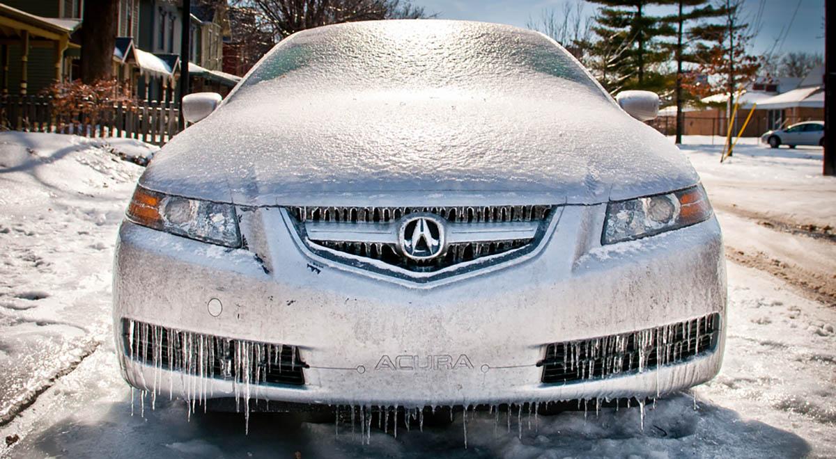 Jak ochránit svoje auto před mrazem a problémy tím spojené