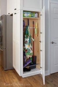 Classic Kitchen Cabinets | Kitchen Island | Stockholm, NJ
