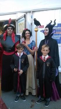 Jafar, Biancaneve, Malefica e due Harry Potter