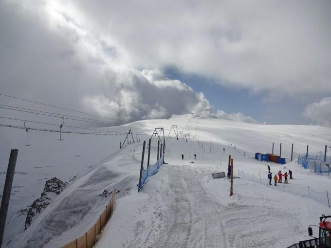 グレッシャーパラダイスはスキー場