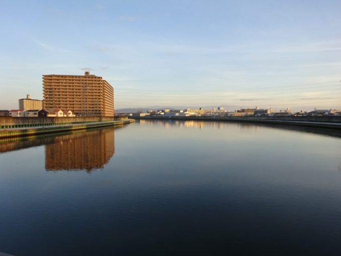 早朝の神崎川