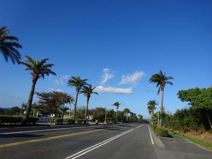 墾丁の道路