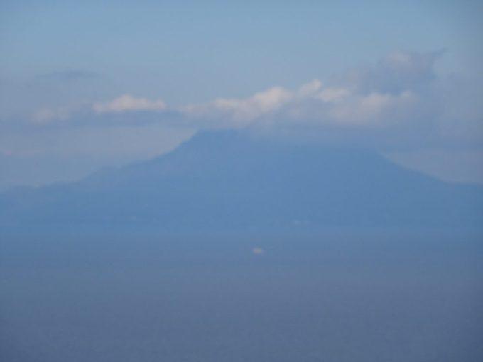 魚見岳から桜島が見える