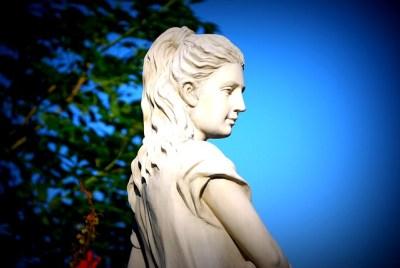 goddess-185454_640