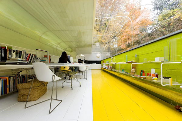 5 Amazing Offices