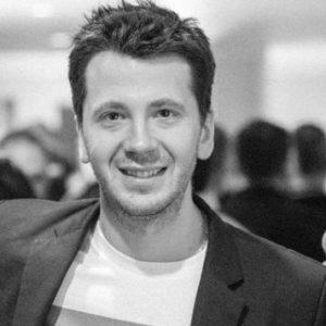 start-business di consulenza-Vasil-Azarov-avvio-socials